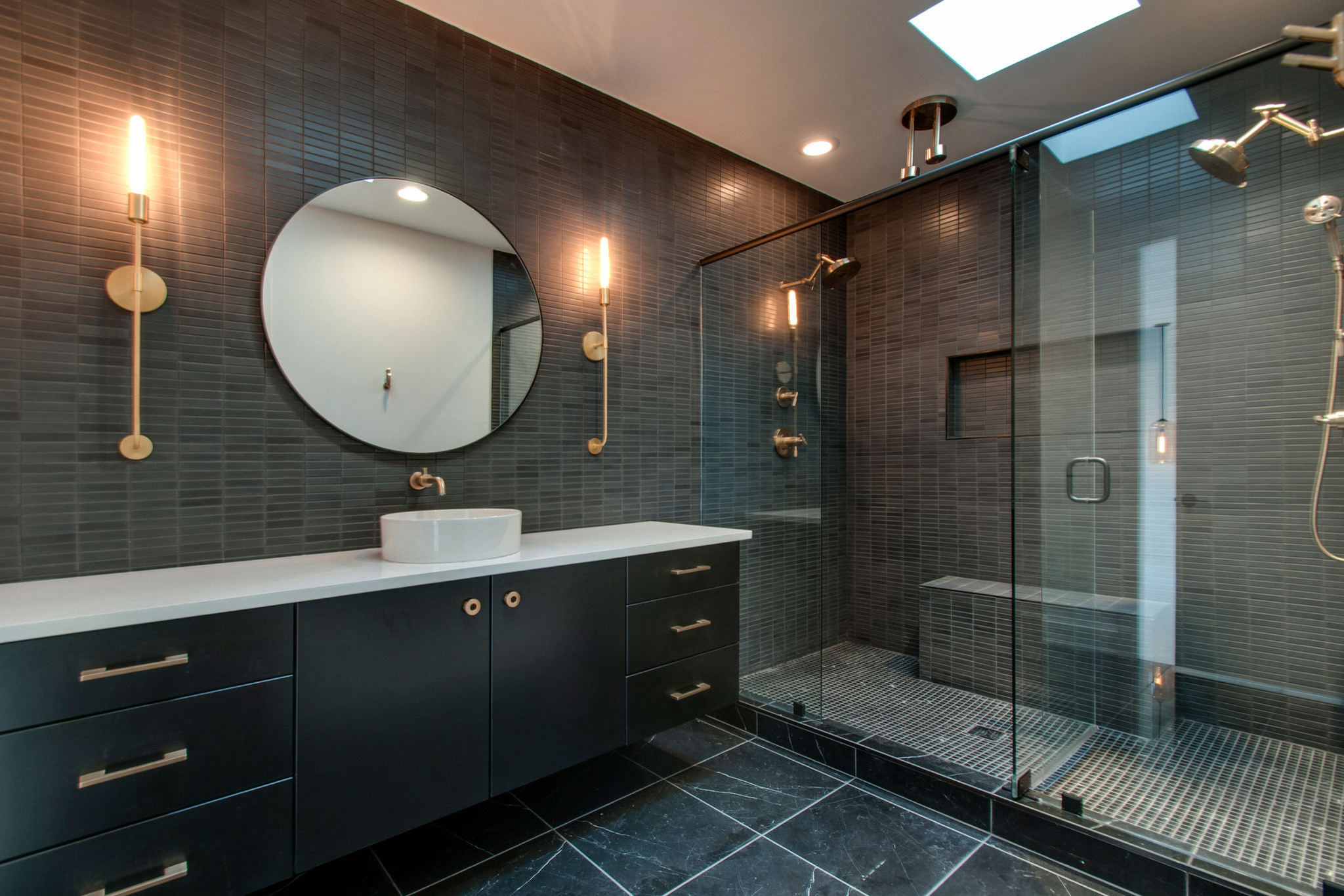 How to brighten up your Bathroom with Mosaic Tiles?